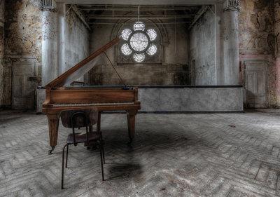 Industrieel met Piano Fotobehang 12658P8